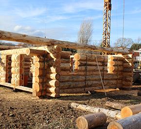constructions en rondins bois wooddome bois de chauffe scierie particuliers d coration. Black Bedroom Furniture Sets. Home Design Ideas